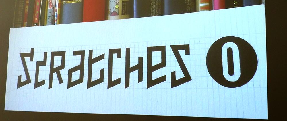 Logo Scratches met pen getekend