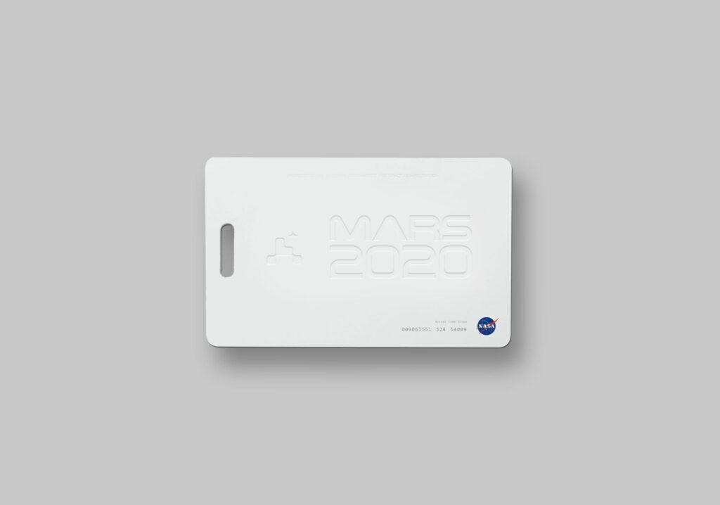 Mars 2020 crew access card